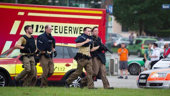 Ataque de Múnich eran tres personas armadas que se dieron a la fuga