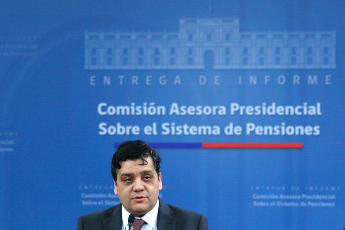 Presidente de la comisión para mejorar el sistema de pensiones: el sistema de las FF.AA. es