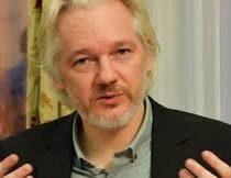 Desde su asilo Julian Assange participará en coloquio de comunicación en el GAM