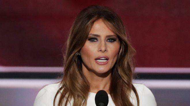 Los comentaristas notaron curiosas similitudes entre el discurso de Melania Trump y el de Michelle Obama, ocho años antes.