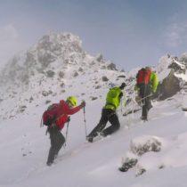 In Extremity, el documental cuya historia se repite en Chile al subir con un atleta paraolímpico una montaña nevada