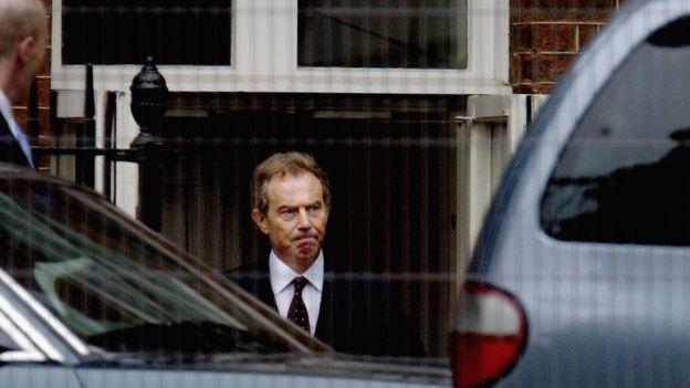 El primer ministro Tony Blair no sabía que la información de inteligencia había sido retirada tras comprobarse que no era cierta.