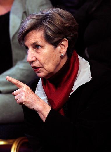 Isabel Allende asegura que se debe cambiar el sistema de AFP por uno tripartito y solidario