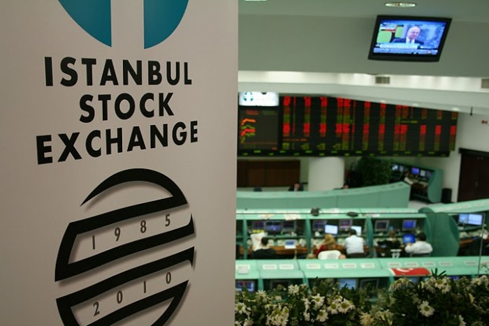 Golpe de estado en Turquía fracasó, pero inversores siguen nerviosos