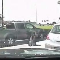 [VIDEO] Policía de Estados Unidos detiene brutalmente a una maestra afroamericana
