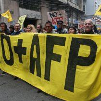 Oficialismo se divide por agenda para terminar con el sistema de AFP