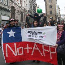 """Movimiento """"No+AFP"""" finalmente muestra sus cartas y no sorprende: propone reemplazar sistema actual con uno de reparto y promete jubilación mínima de $277 mil"""