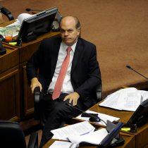 Patricio Walker pide que el gobierno ponga urgencia a proyecto que declara imprescriptibles los abusos sexuales