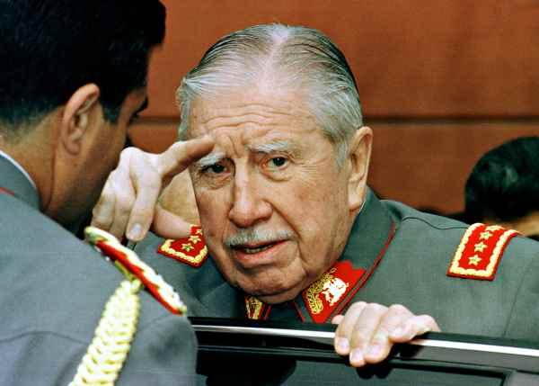 Israel estudia abrir archivos secretos sobre relaciones con Pinochet