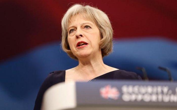 Nueva primera ministra a cargo del Brexit busca copiar plan corporativo de EE.UU. o Alemania para acercarse a sindicatos