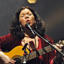 Tita, la nieta cantora de Violeta Parra: