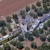 [VIDEO] Ascienden a 20 los muertos en el accidente de tren en Italia