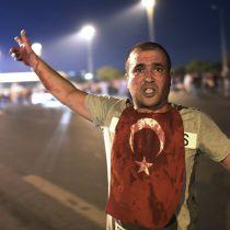 [VIDEO] El momento exacto en que bombardean el Parlamento turco en Ankara