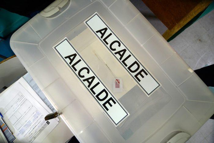 Situación judicial de Cheyre podría complicar la realización de las próximas elecciones municipales