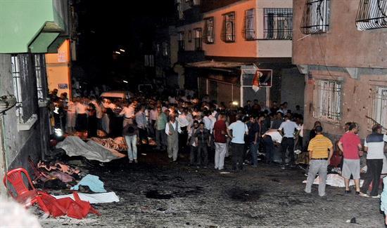 Atentado yihadista en una boda en Turquía deja 50 muertos