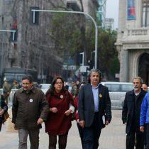 [FOTOS] Tras larga dilatación de reunión con la Presidenta, No+AFP llegó a La Moneda
