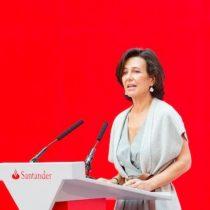La administradora de fondos de Santander recluta a BlackRock para
