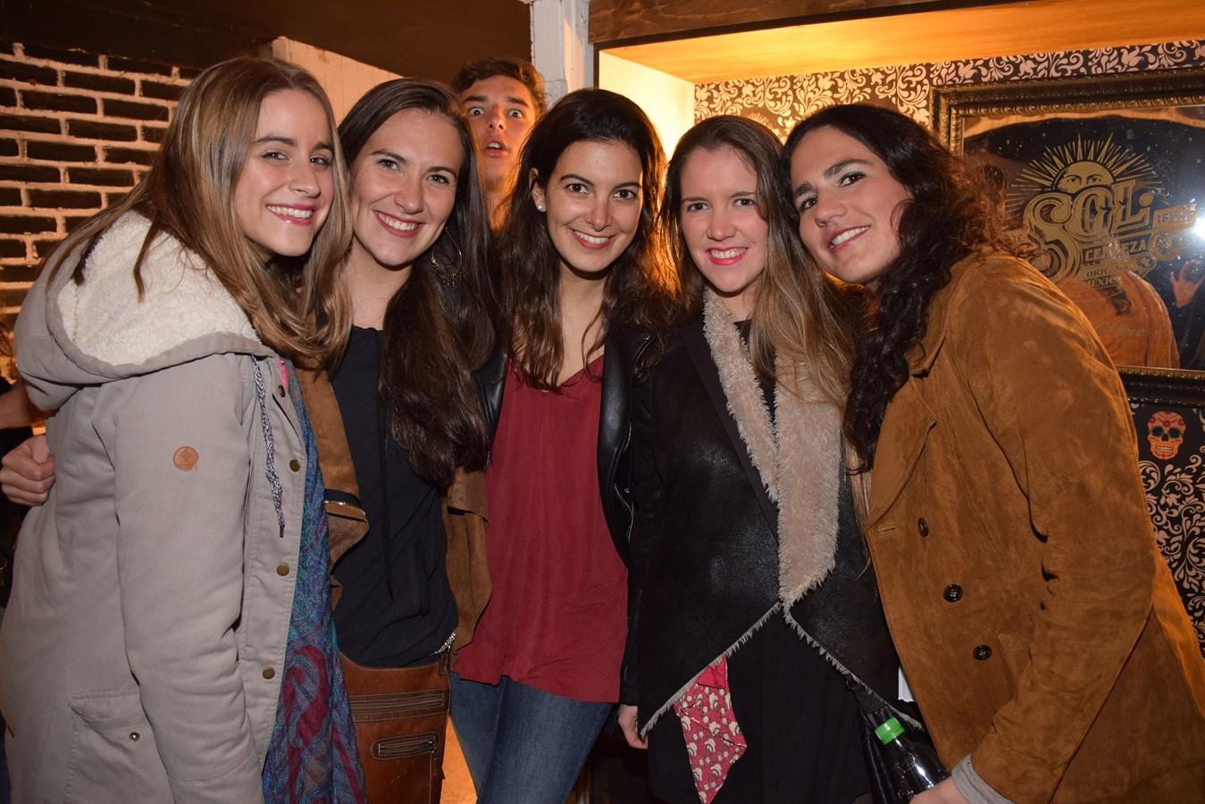 Camila Hartman, Catalina Loayza, Ignacia Garib, Camila Lira y Francisca Rodríguez.