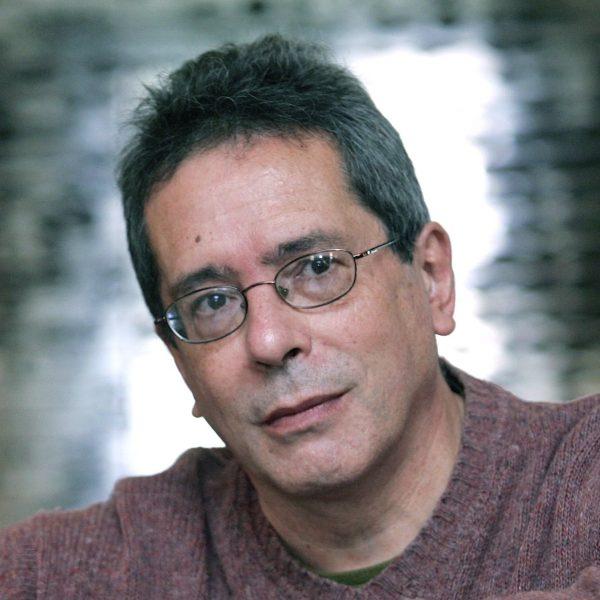 Escritor argentino César Aira gana el Premio Manuel Rojas 2016