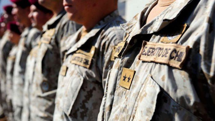 Contraloría detecta millonarios pagos irregulares en el Ejército a través de comisiones de servicio falsas