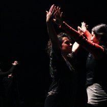 La atrevida performance que cuestiona la ópera en Chile como