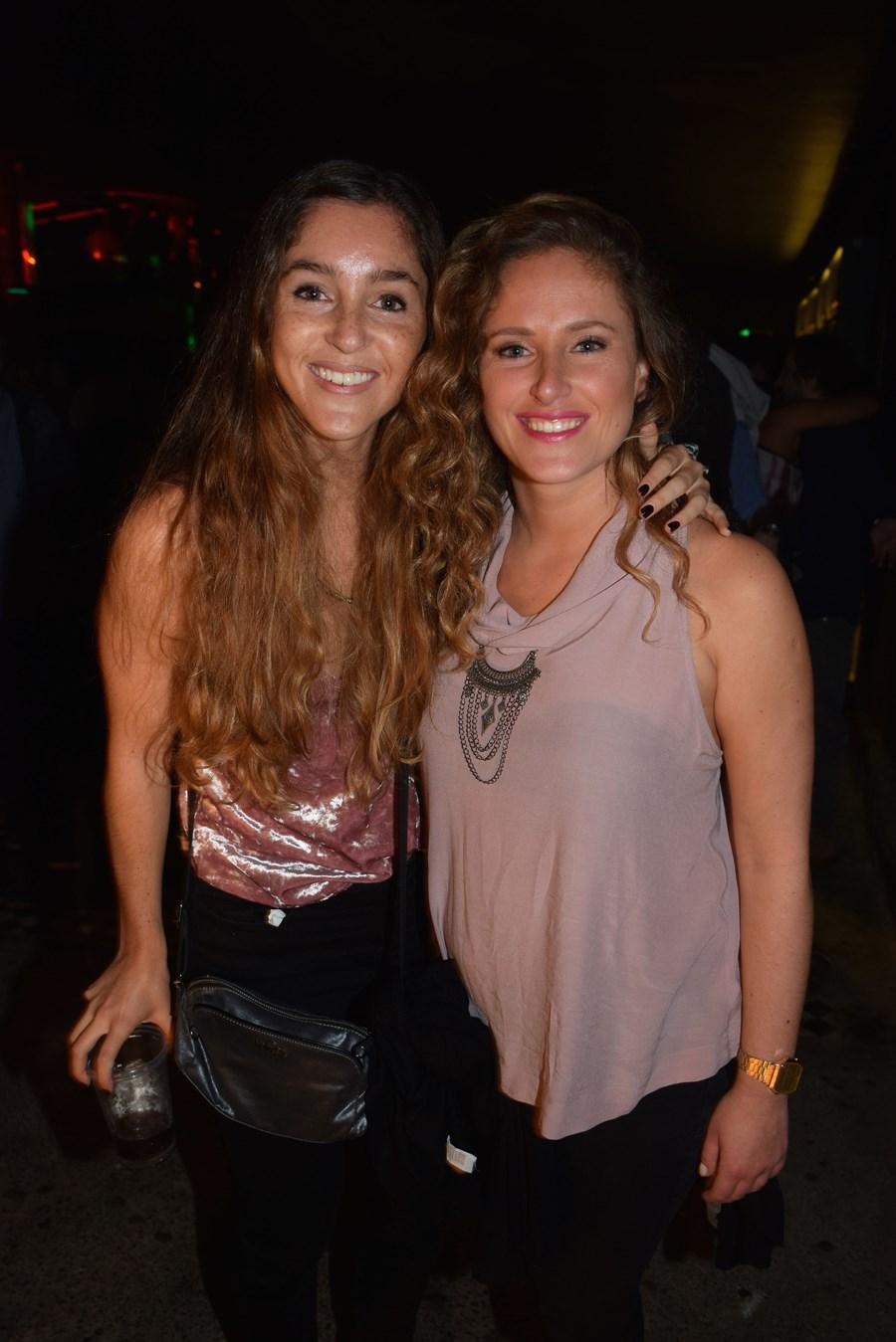 María Lecaros y Amalia Cubillos.