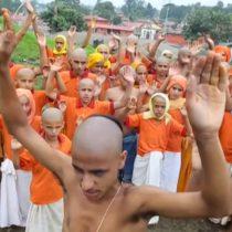 [VIDEO] Los rituales para ahuyentar la enfermedad y el miedo en Nepal