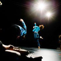 """Obra de danza """"Silencio expansivo"""" de la Compañía Mundo Moebio en Sala de Arte Escénico UPLA, desde el 13 de agosto"""
