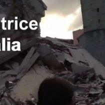 [VIDEO] Las primeras imágenes de Amatrice, el pueblo que casi desaparece por el terremoto de Italia