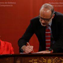 Bachelet promulga ley que establece penas de cárcel para la colusión
