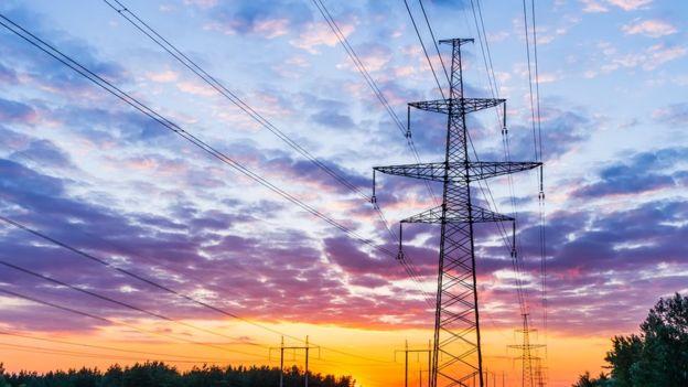Security dice que no hay que volverse loco con resultado de la licitación eléctrica: