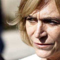 Matthei solicita a Contraloría investigar déficit económico del Municipio en educación