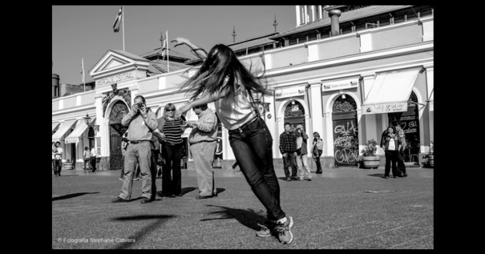 El negro futuro que espera a los artistas en Chile