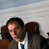 Girardi pide clausurar laboratorios acusados de colusión