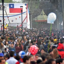 ¿Qué somos los chilenos?: glosa para los constituyentes