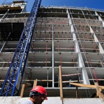 Actividad de la construcción cayó 1,5% anual en septiembre y suma 13 meses consecutivos con variación negativa