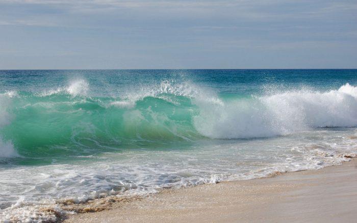 A vigilar las propiedades costeras: se viene el mar