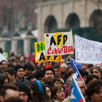 El 61% de los chilenos considera que es urgente reemplazar las AFP por un sistema público solidario