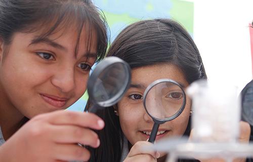 Niñas, Ciencia y Tecnología: Un vínculo que rompe las brechas de género