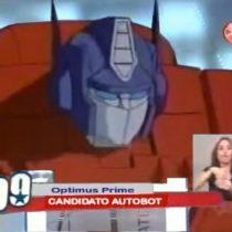 [VIDEO] El día que Optimus Prime quiso ser Presidente de Chile en 2010