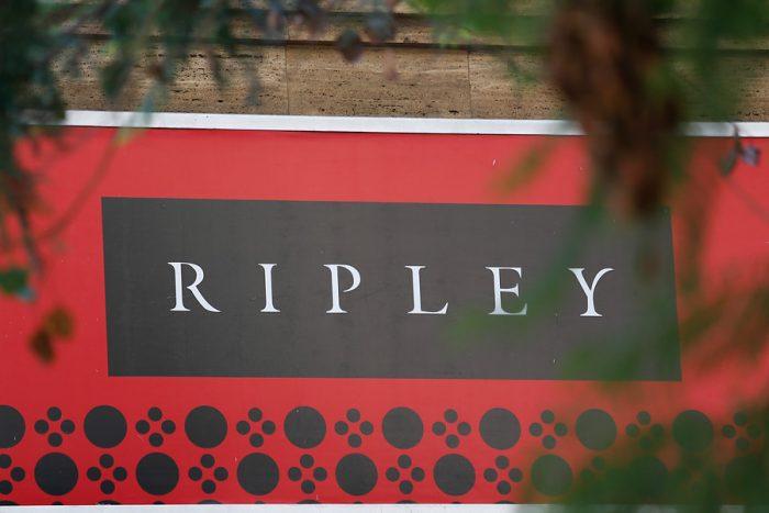 Ripley anuncia investigación interna por ataque a pareja lésbica
