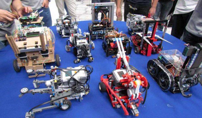 Convocan a estudiantes de cuarto medio a su primera Olimpiada de Robótica y Programación
