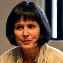 Roxana Pey se va anunciando acciones legales contra el Mineduc
