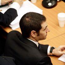 Otro que se salva: sobreseen al ex administrador de confianza de la primera campaña de Piñera en caso Penta