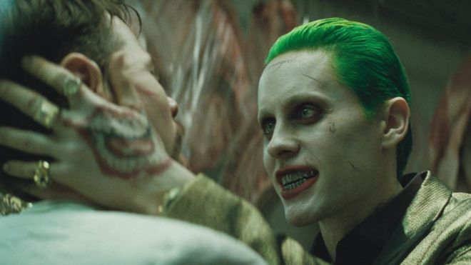"""La interpretación de Jared Leto como """"El Guasón"""" recibió críticas buenas y malas."""
