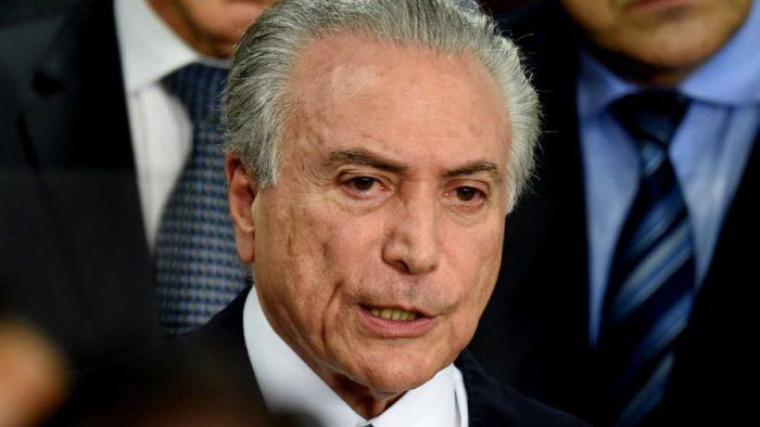 Temer sigue cavando su tumba: ahora reconoce que utilizó avión de empresario acusado de corrupción
