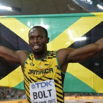[VIDEO] Usain Bolt clasifica a la semifinal de los 100 mts planos