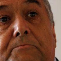 César Barros, defensor del golpe militar: