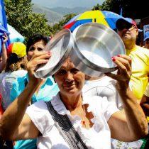 Maduro arrecia acciones contra oposición a un día de marcha por revocatorio