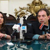 """Retiro de perros en Coyhaique: Girardi se une a animalistas y dice que el fallo de la Corte es un """"grave error"""